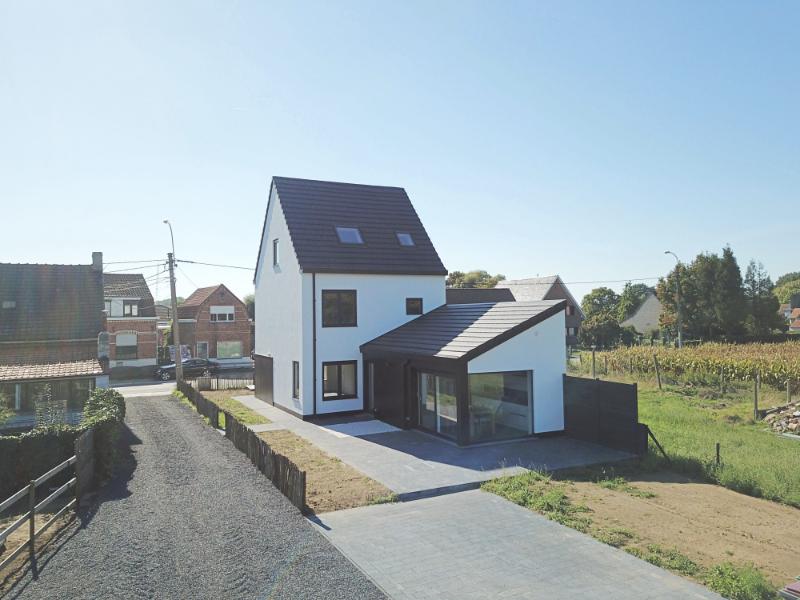 Prachtig gerenoveerde halfopen bebouwing met landelijk uitzicht