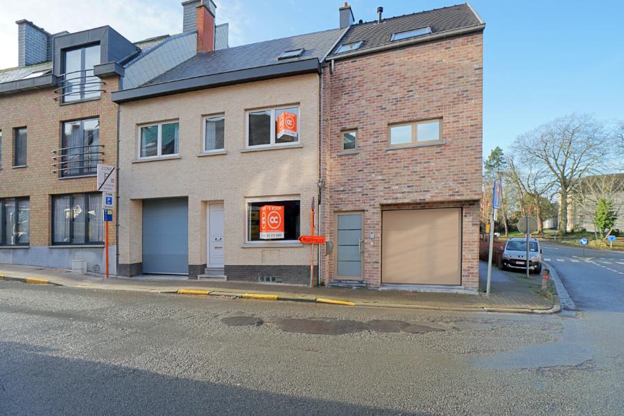 Interessante woning met 3 slpk en garage in centrum Zottegem