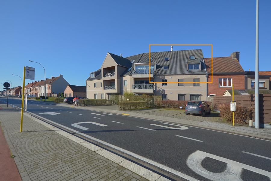 Luxueus afgewerkt 2 slpkm appartement (125 m2) met garagebox te koop op Toplocatie!