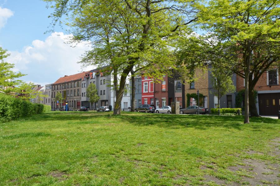 Gezellig woning te koop in Sint-Amandsberg
