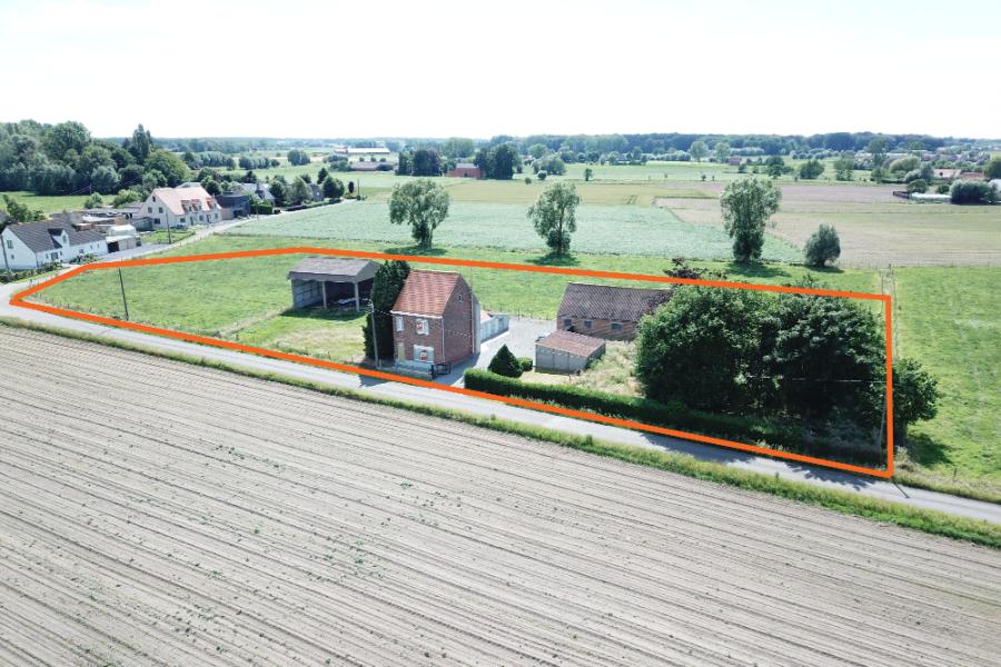 Te renoveren, landelijke woning op 4150 m²