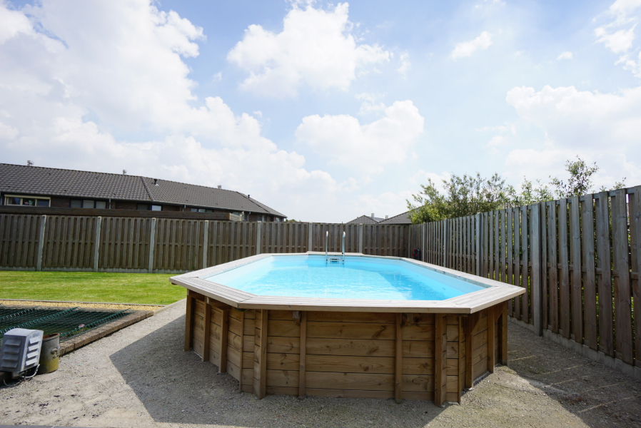 *compromis in opmaak * Vrijstaande woning te Tielt met zwembad