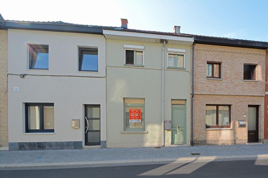Gezellige starterswoning te koop in centrum Sint-Niklaas