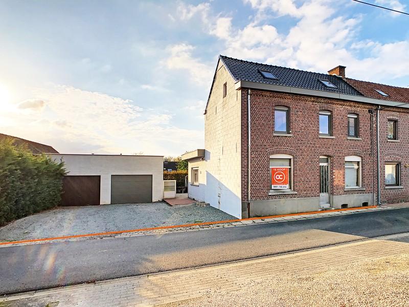 Instapklare woning met 4 slpk en grote garage op rustige ligging