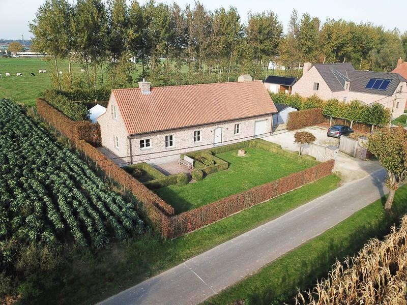 Prachtig afgewerkte landelijke woning te koop