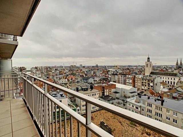 Mooi 2 slpk appartement met zicht op zee.