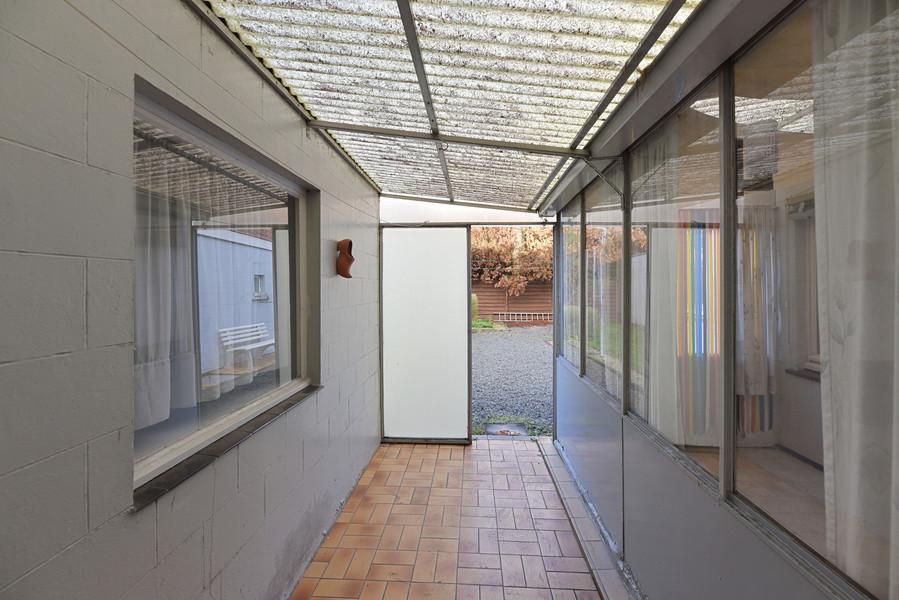 Ruime te renoveren woning met 4 slaapkamers en garage