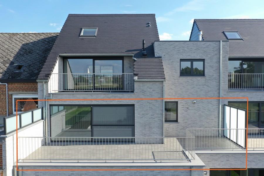 Luxueus nieuwbouwapp. met groot terras, inclusief garage