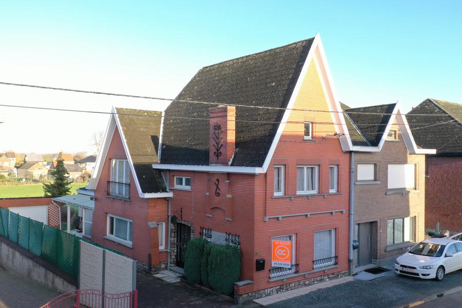 Solide HOB met 3 slaapkamers & garage te Sint-Lievens-Houtem