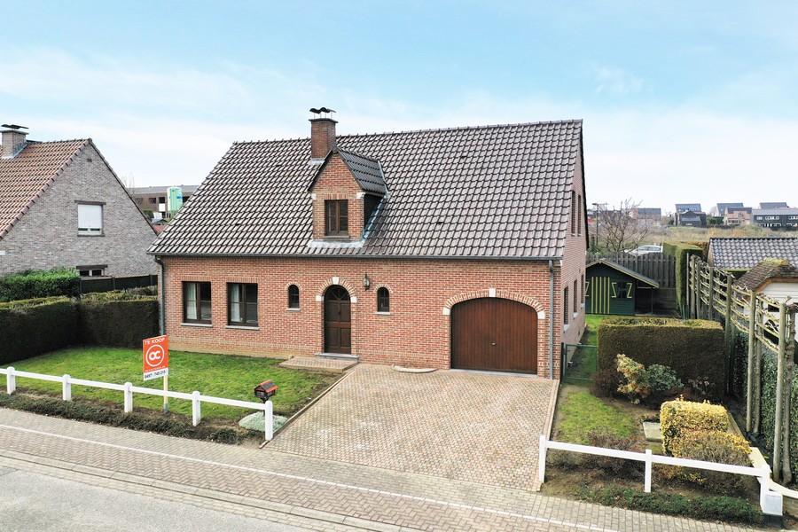 Instapklare woning met tuin, nabij centrum en station Geraardsbergen