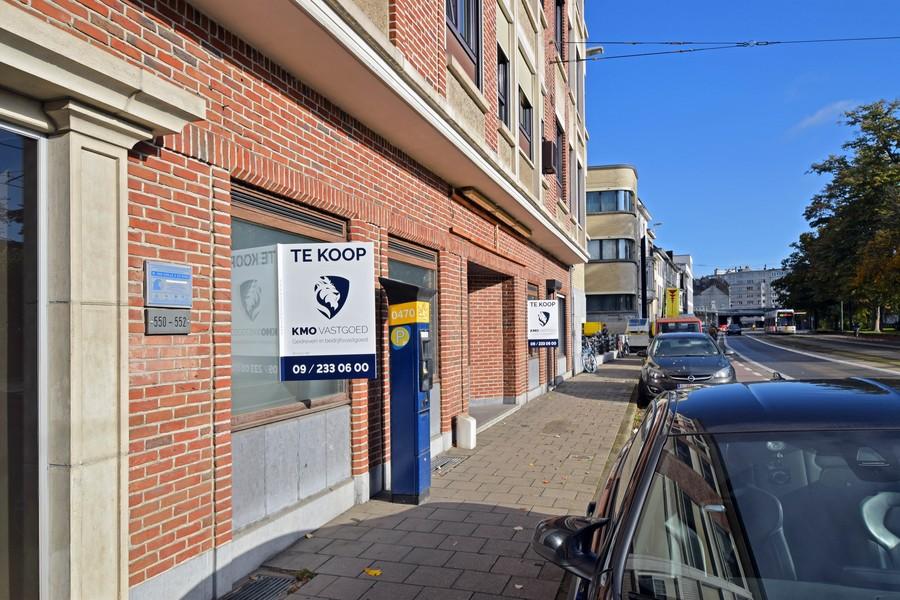 Handelspand op toplocatie met 4 parkeerplaatsen