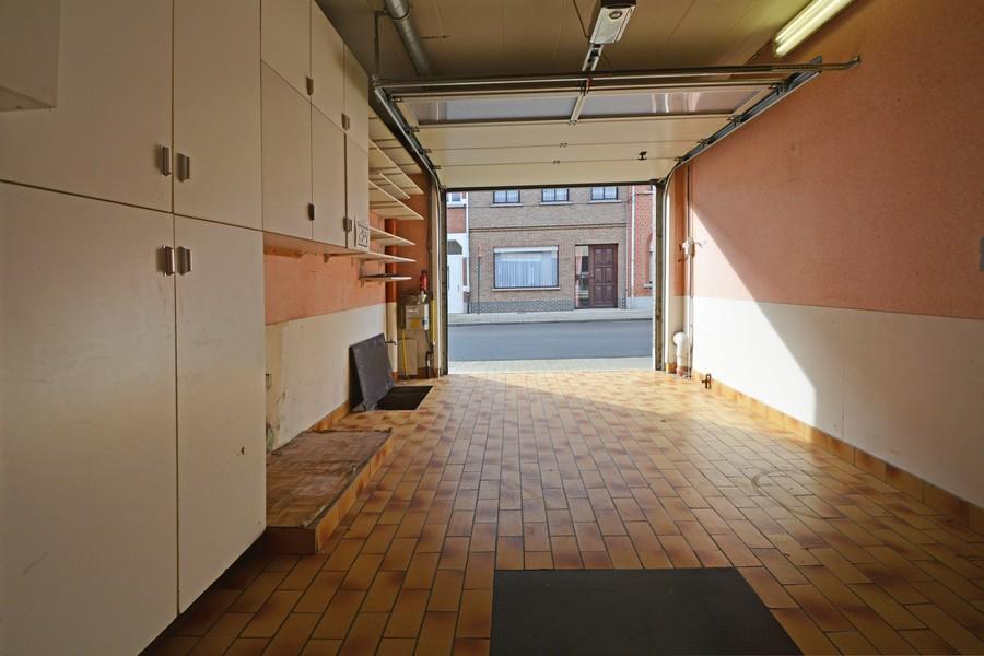 Op te frissen woning in centrum Sint-Gillis-Dendermonde!