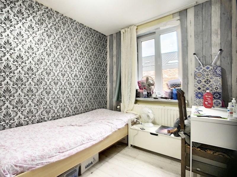 Woning met 4 slaapkamers vlakbij Dampoort station en Portus Ganda