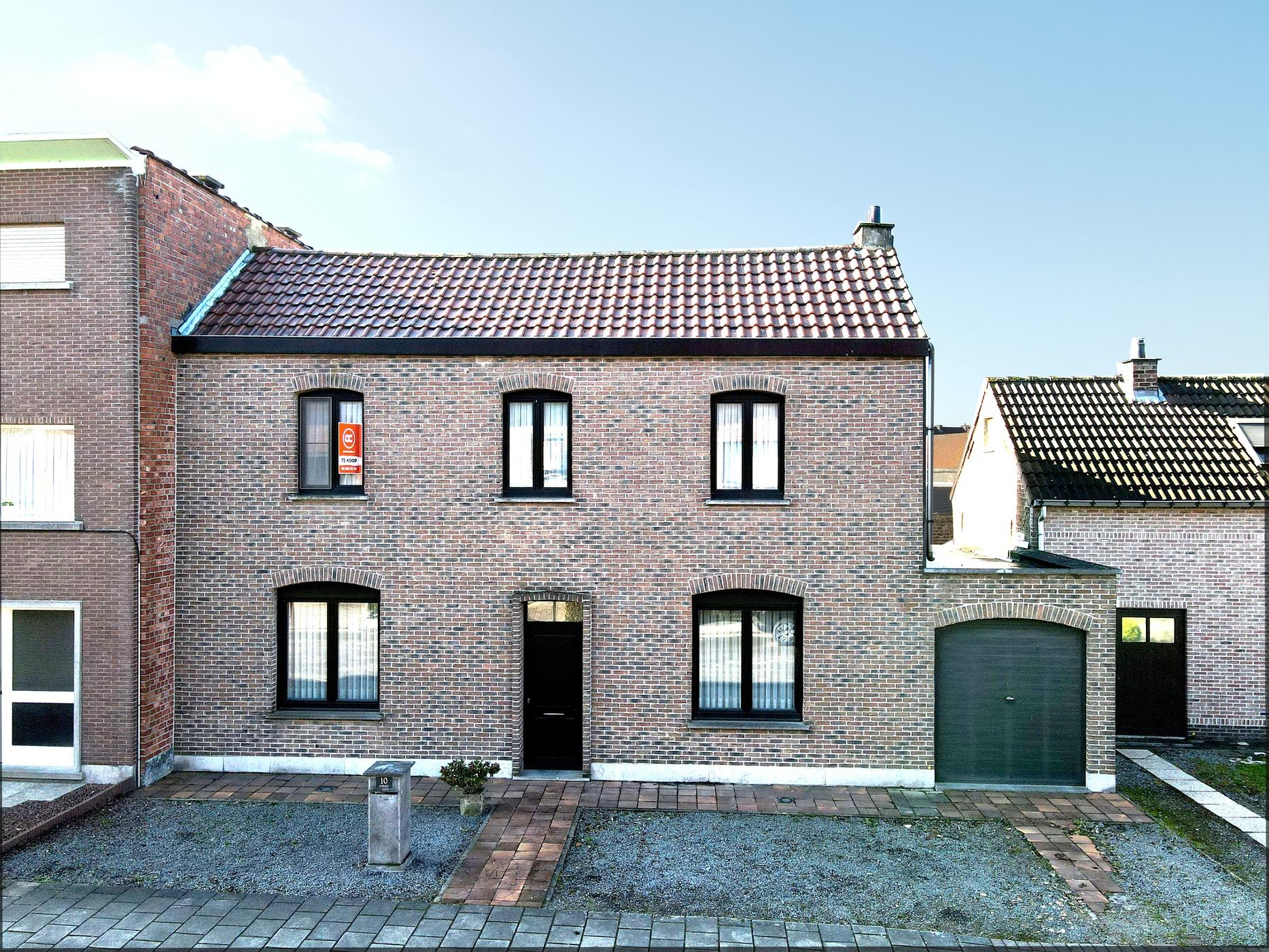 Goed onderhouden woning met stadstuin te Aalst