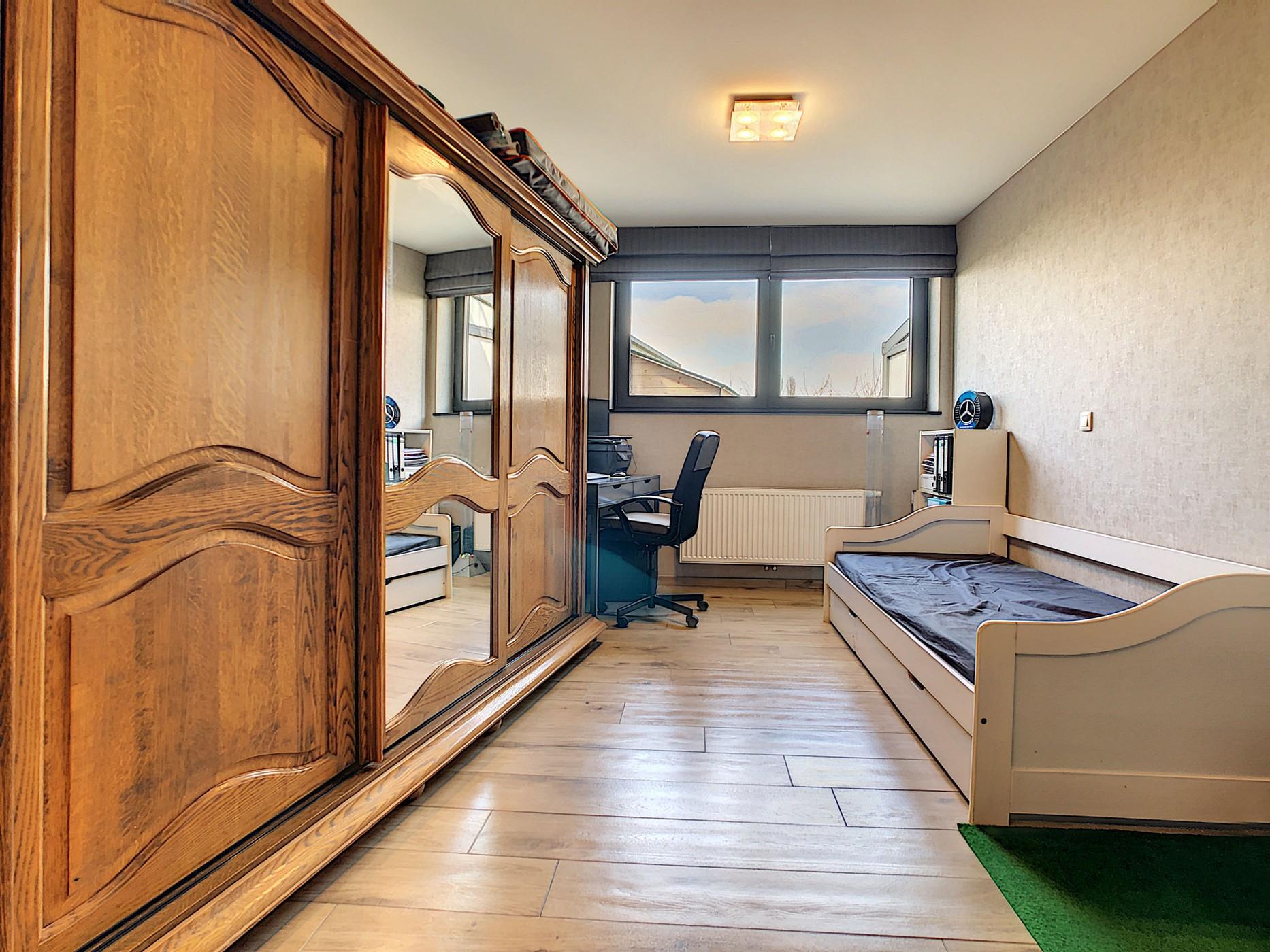 Luxueuze nieuwbouw (156 m²) met parkeervoorzieningen en tuin