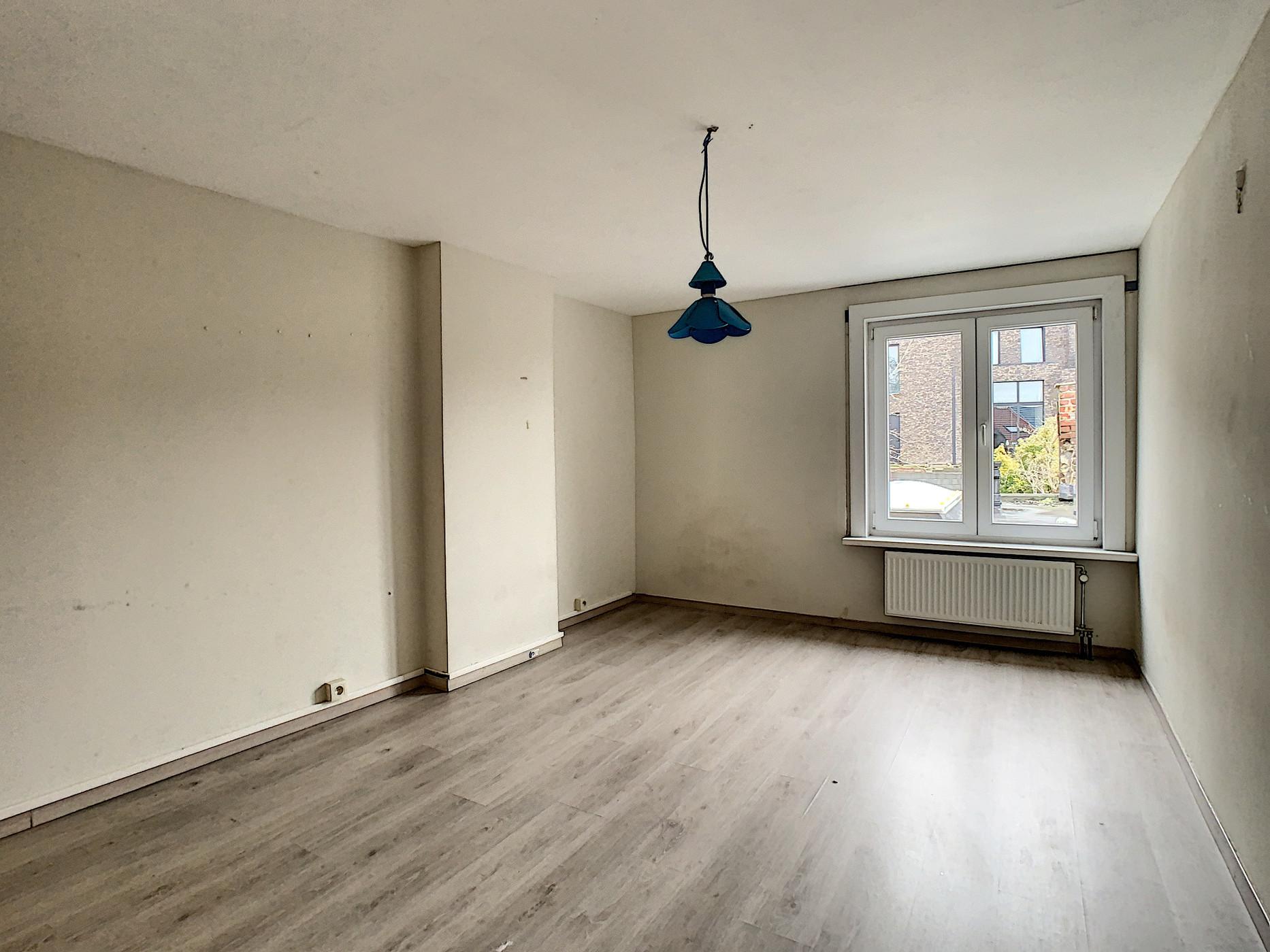 Verder te renoveren woning nabij centrum Geraardsbergen