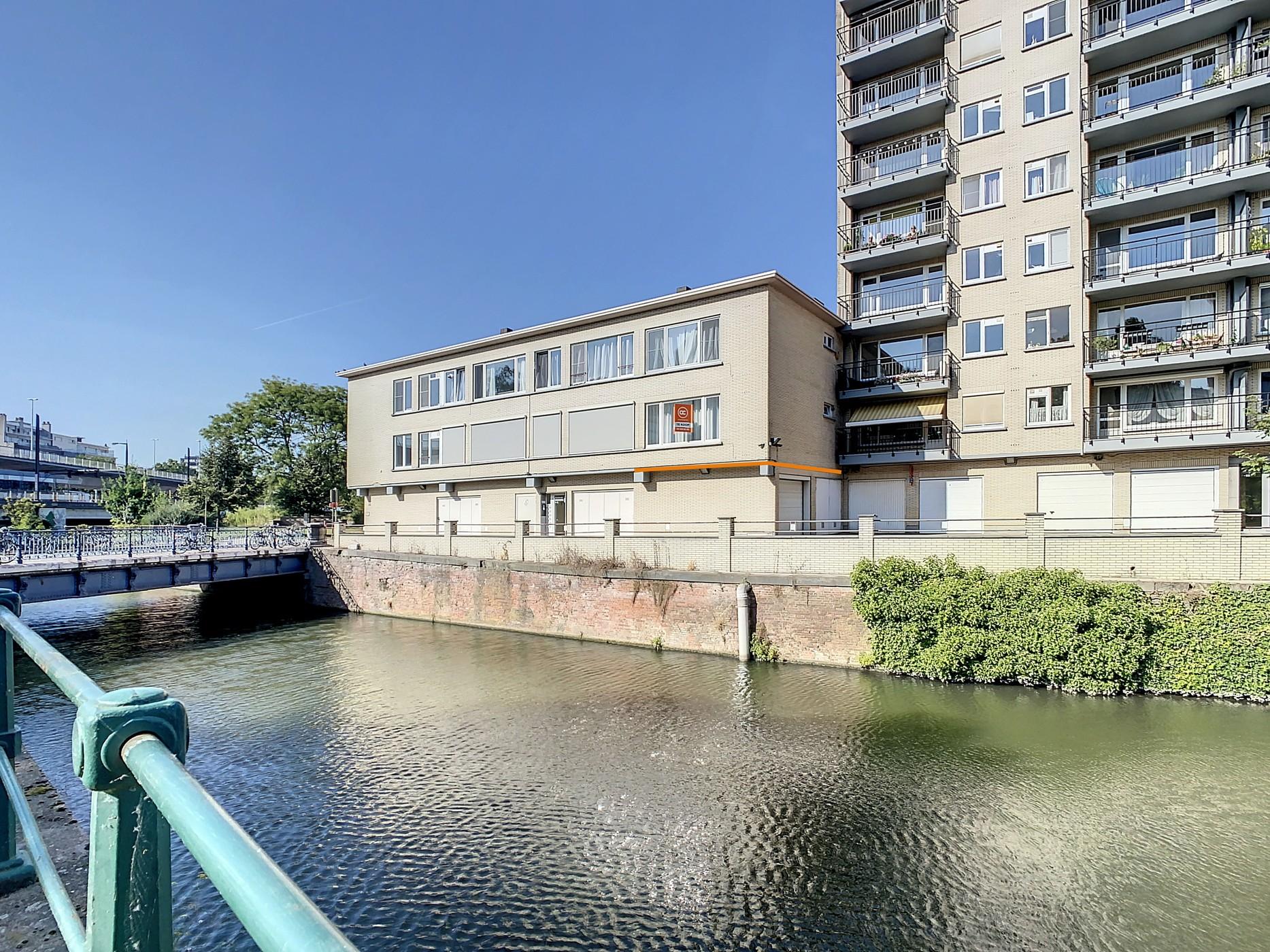 Gerenoveerd (2020) appartement op topligging met zicht op de Schelde