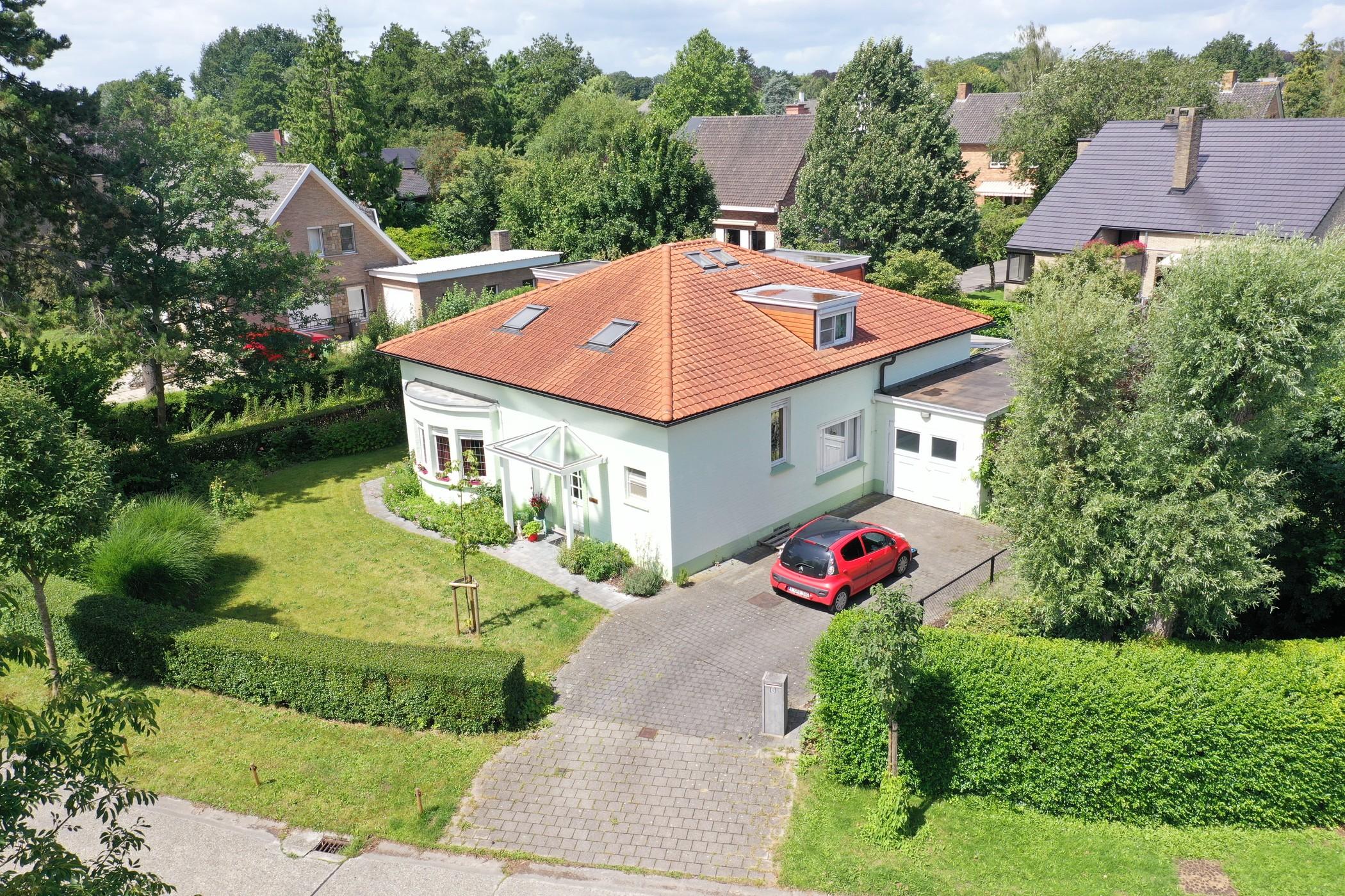 Leuke parel in rustige wijk gelegen op Top locatie in Sint-Denijs-Westrem!